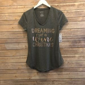 Apt. 9 Dreaming Of A Wine Christmas Graphic Tee